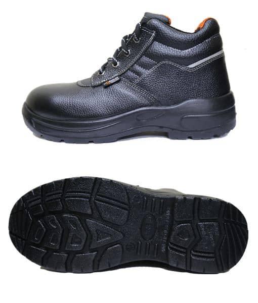 รองเท้าเซฟตี้หุ้มข้อทรง Sport รุ่น Master